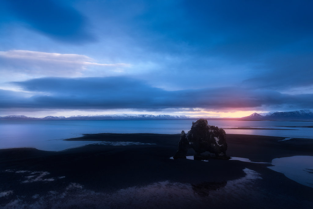 Iceland - Hvitserkur